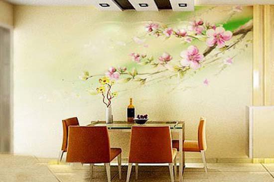 小女孩手握含苞待放的鲜花作为餐厅手绘墙图案,使得整体居室更加温馨