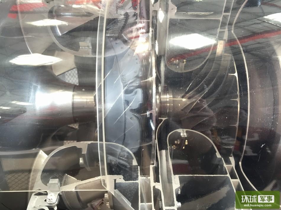 各个角度看新型涡轴16发动机(1\/14)(组图)