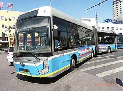 线路 47 车型 jnp6120gb 大牌号 京ad3285 自编号 930102    线路 109