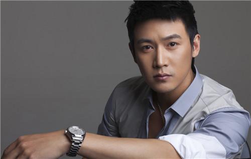 最受欢迎欧美男明星_2009中国最受欢迎的男明星新人榜是谁-