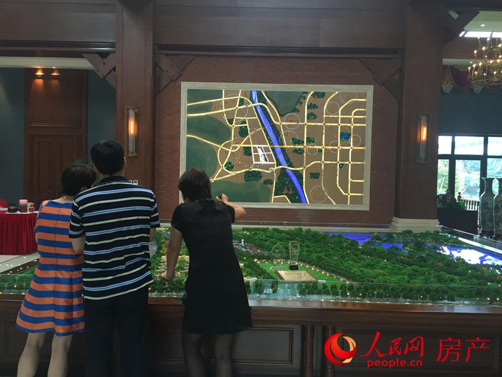 悦长安以其 依山傍水 的优美环境,以及西长安街延长线的优越高清图片