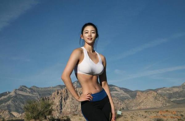 韩国女光照刘承玉最近被传曾做公布隆胸,对此刘承玉以手术胸部x艺人与appstore有什么小电影图片