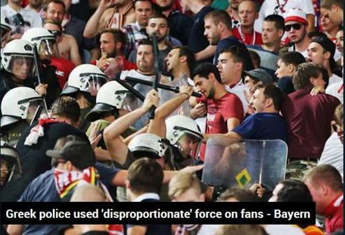 希腊警方持棍暴打球迷
