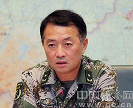 宋海航,男,汉族,1955年5月生,河南武陟人,1973年5月入党,1969年12月入伍,在职研究生学历,少将。