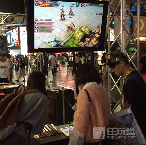 3DMMO表情手游《蜡笔屠龙记》东京电玩展可爱倚天图斗武侠包小新图片