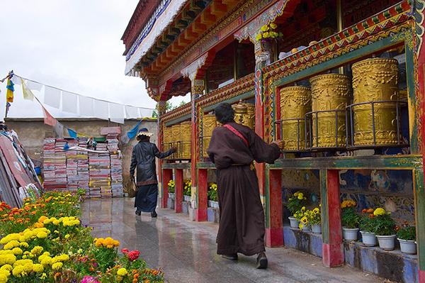 哲蚌寺在哪里?拉萨哲蚌寺游览及其摄影指南
