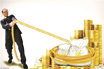 """""""李嘉诚撤资事件""""持续发酵。自2013年起,华人首富李嘉诚""""抛售大陆物业和资产""""的消息不断见诸媒体。据不完全统计,2014年1月至2015年4月,李嘉诚通过转让资产或其他方式套现近800亿元人民币。那么李嘉诚是如何完成800多亿元人民币资产的撤离的,北京青年报记者就此进行了梳理。"""