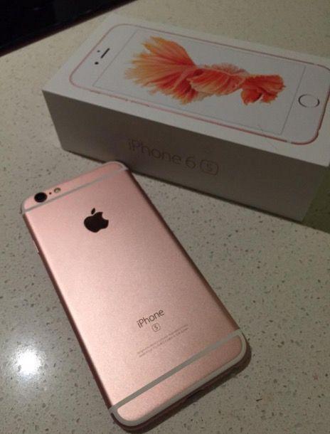"""今天一位位于圣迭戈的美国网友曝光了自己提前拿到的""""玫瑰金""""iPhone"""