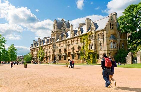 正是校园好风景——全球最美的15所大学