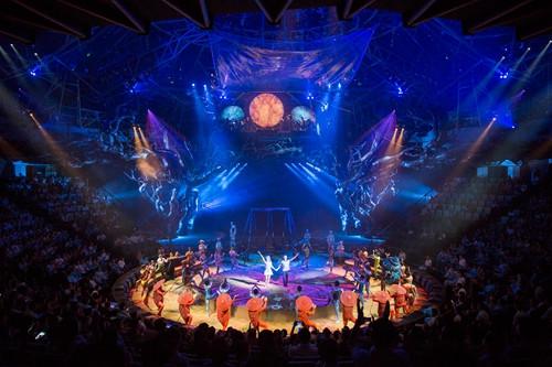 萬達西雙版納國際度假區開業 傣秀全球首演