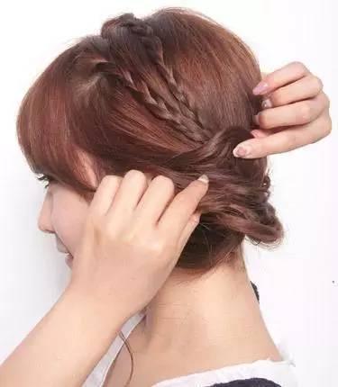 发型家丨三款编发教程图解 让你尽显女人味