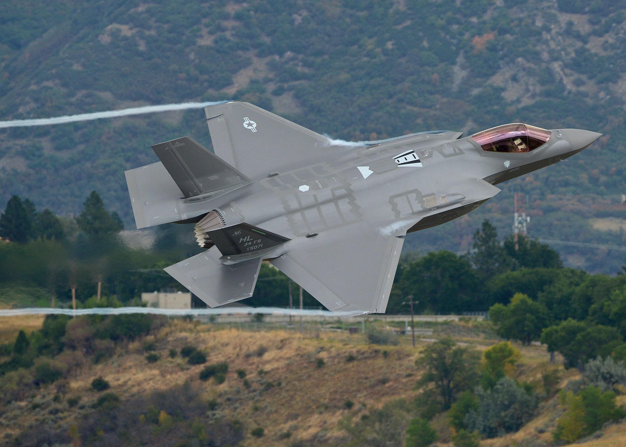 ��G�f�_2015年9月中旬,美国犹他州赫尔空军基地进行f-35a闪电ii第五代战机的