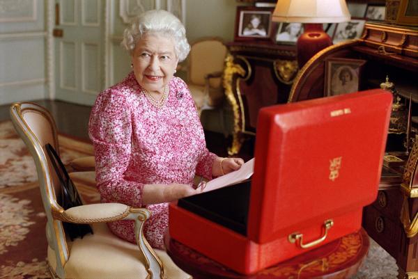 英国女王伊丽莎白二世 CFP 资料