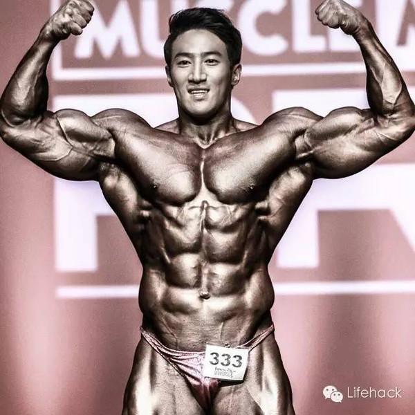 韩国最强壮健身男模,劲爆肌肉碾压欧美人!
