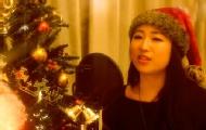 萌妹帅哥cos圣诞老人飙歌