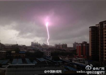龙卷风吹得广州大面积断电,六百米高广州塔紧急疏散游客