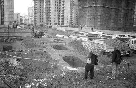 10月5日,长沙开福区九尾冲浏阳河小学工地,近期新发现的第四处古墓。