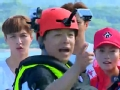 《极限挑战第一季片花》番外 黄渤挑战滑翔伞失败变怂 教练示范险出事故
