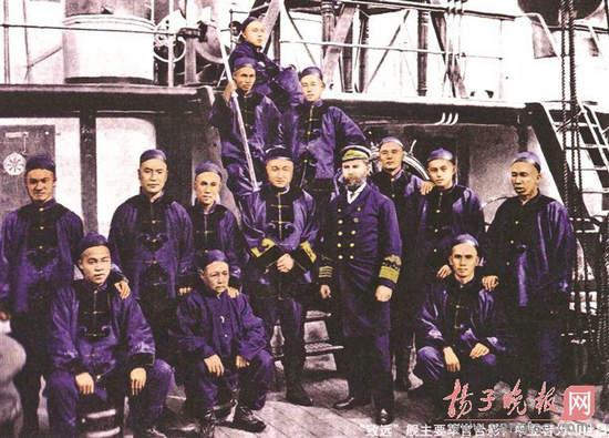 致远舰下沉前剧烈爆炸 邓世昌瓜皮帽设计讲究(图)
