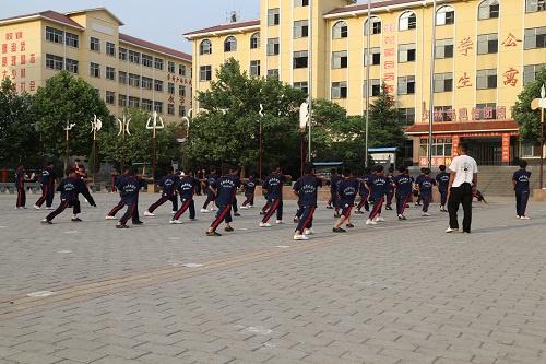 那么多武术爱好者为什么都选择嵩山少林寺武术学校