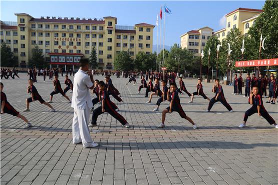 嵩山少林寺武术学校讲解学习少林武术的技巧