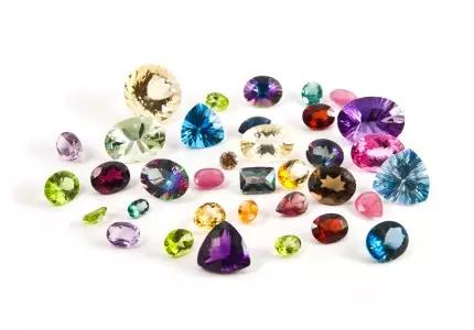 同颜色的宝石有哪些 同色彩宝大全