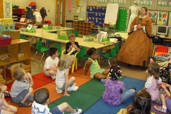 美国的幼儿园的育儿知识(责编保举:数学视频jxfudao.com/xuesheng)