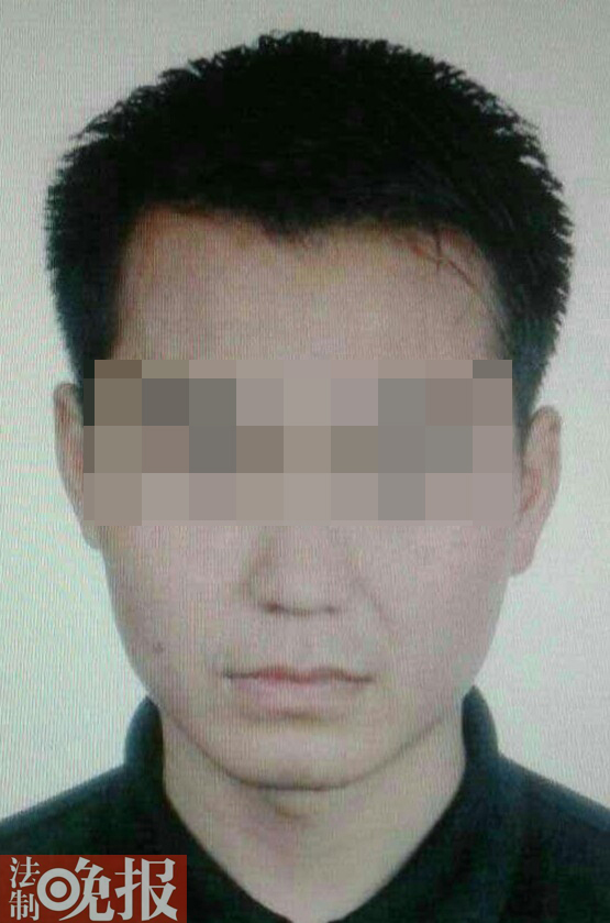 网曝重庆老师被警方确定欺骗却失常任教 校方:已停发薪水