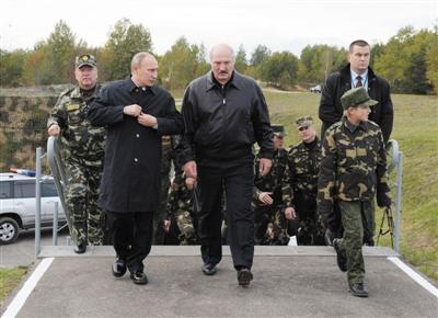 白俄罗斯经济总量 人口_白俄罗斯国立经济大学