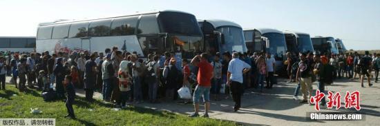 澳大利亚各地民众示威要求让难民在澳本土定居