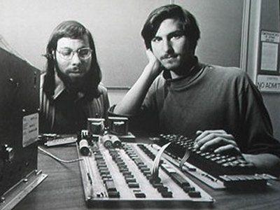 为什么乔布斯是苹果的第二名员工,而不是第一名呢?Michael