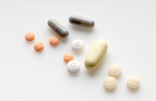 避孕药避孕的原理_1、避孕药的原理   避孕药分为两种,一种是长效避孕药,一种是紧急避孕药.