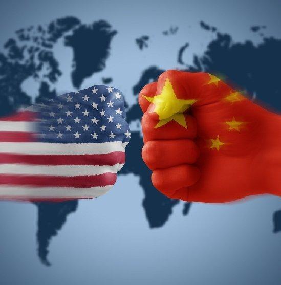 盘绕中美间告竣的收集平安成绩清单,美国海内两派观念迩来相同在剧烈比武。