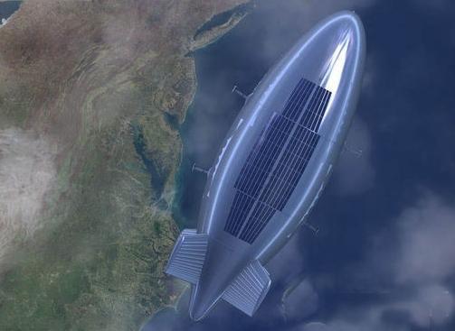 """原文配图:""""圆梦号""""是一艘巨大的银色飞艇,体积达18000立方米,依靠氦气浮力升入空中。它采用三个六维电机的螺旋桨,升空后依靠太阳能提供动力,按计划将驻空48小时。""""圆梦号""""由北京南江空天科技股份有限公司联合北京航空航天大学、内蒙古锡林郭勒盟共同研制。图为中国飞艇想象图。"""