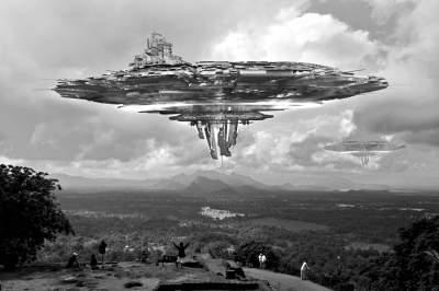 图为UFO想象图.-美登月宇航员 外星人飞船多次击落美导弹