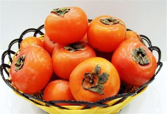 吃柿子有什么好处_柿子的营养价值吃柿子有什么好处_食品新闻