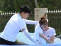 《搜狐视频综艺饭片花》谢娜频上敌台综艺惹争议 张杰照顾颖儿谢娜吃醋