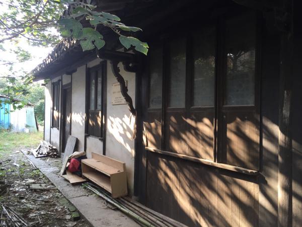 苏家宅(别名东湖山庄)侧面对着被拆迁的运气。 本幅员片均来自陈伊萍