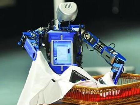 【视频】无人机灭火,机器人帮你叠衣服