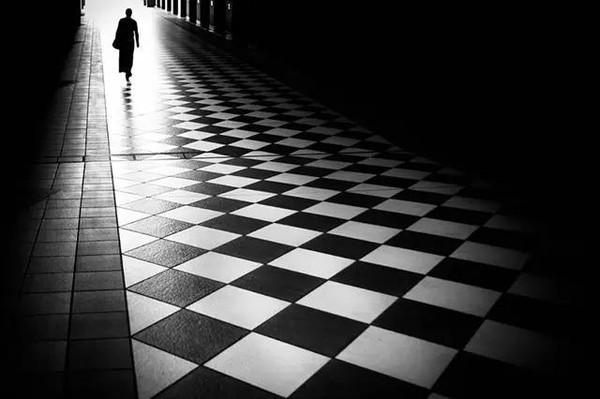 当几何线条遇上黑白
