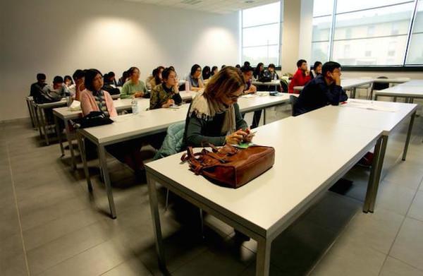 荣耀创新移动课堂带你游遍意大利图片