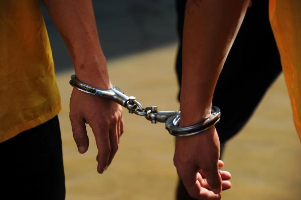 清华大学法学院教授周光权认为死刑案件复核需要增加控辩双方对抗内容,并呼吁最高法公开每年死刑复核数据。 CFP 资料图