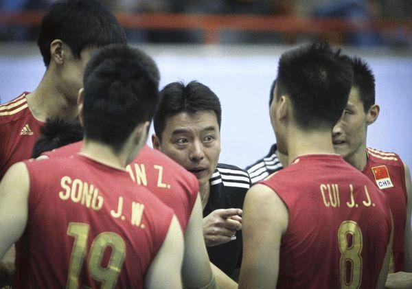 中国男排世界排名升第19 历史第二差但进奥预