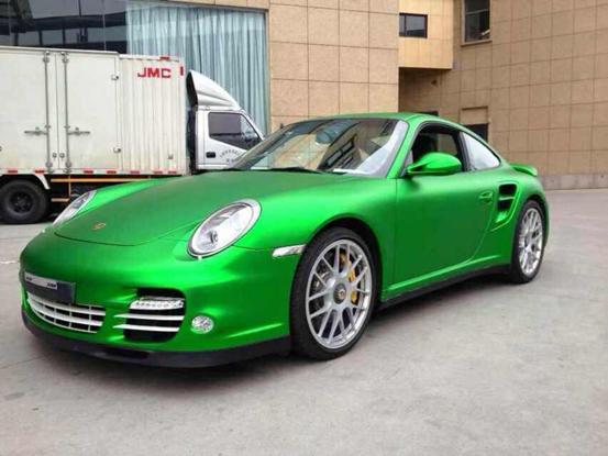911情也色_保时捷911汽车改色全车电镀冰绿车身改色