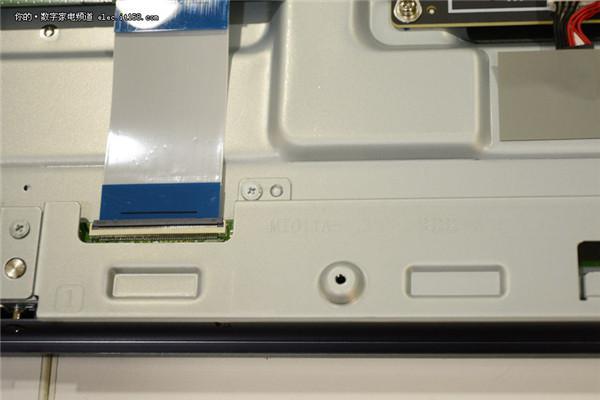 小米电视3拆机评测 内部结构详细解析