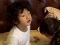 《爸爸去哪儿第三季片花》抢先看 轩轩赖床向弟弟索吻遭拒 乐感足随歌起舞