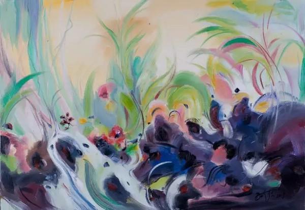 日前,由江苏省美术家协会等主办的七彩云南丹珍多吉油画展在江苏工美馆成功举办,展出丹珍多吉以七彩云南系列油画为主的创作作品60余幅,其作品中展现了绿荫笼罩的热带雨林旺盛的生命力,蕴藏着对四季常青的绿色生命的赞歌。他绘画的基点充满了纯真,其中和谐自然的哲理会充满你的心灵,世界著名雕塑家、画家和环境艺术家徳拉戈·马林·薛林纳大师在谈起自己的得意弟子丹珍多吉时赞赏不已。   丹珍多吉汉名吴晓伟, 1958年生于无锡,早在1973年就师从留法油画家胡善余及林达川先生习油画