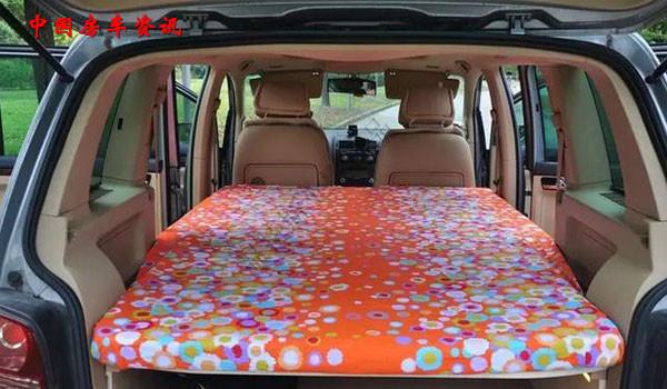 私家车创意diy 你也可以打造属于自己的实用床车图片