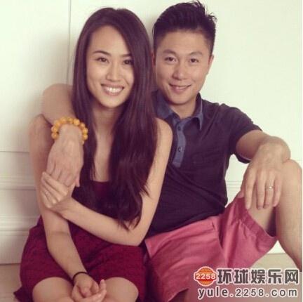 李小鹏夫妇,两人默契十足,好像也有一点夫妻相