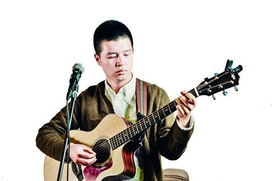 演员的吉他谱子-南山南张磊版吉他谱